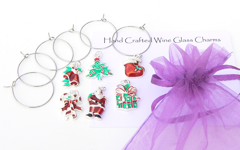 Make your own Christmas Wine Glass Charms